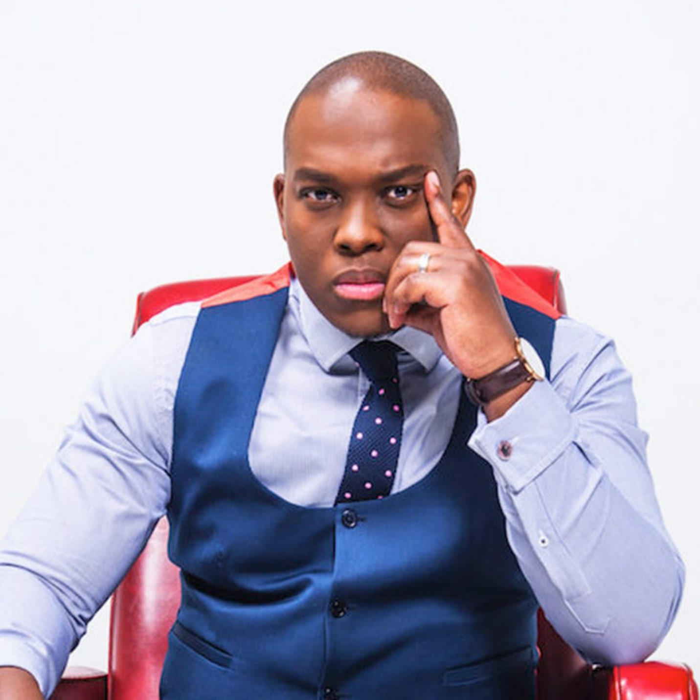 The Problem with Vusi Thembekwayo and Darkies Like Him…